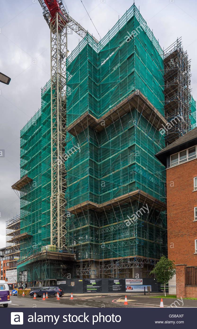 Seventeen construction - 17 Sutton Court Road, Sutton - Stock Image