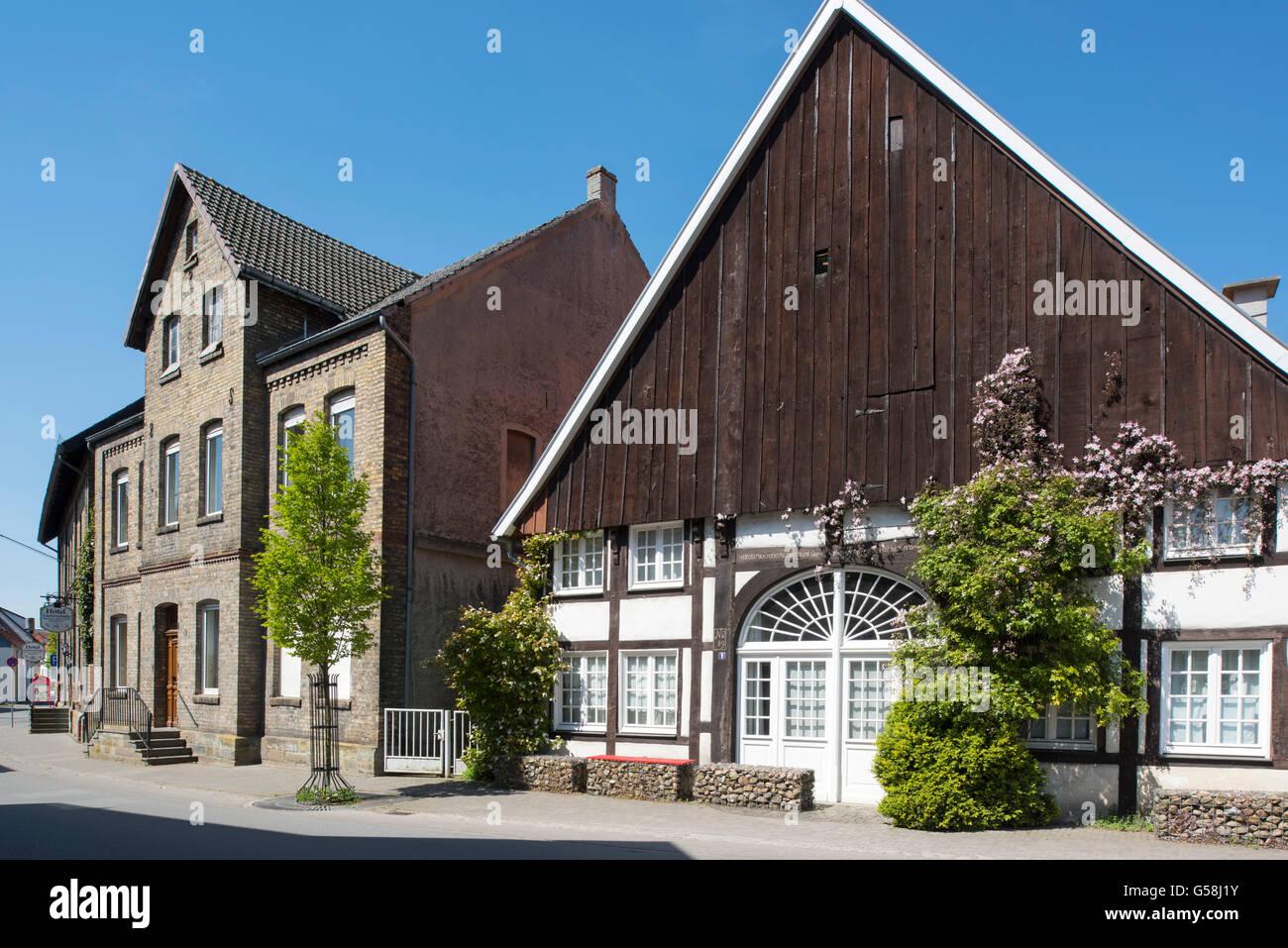 Historische Fachwerkhäuser Stock Photos & Historische Fachwerkhäuser ...