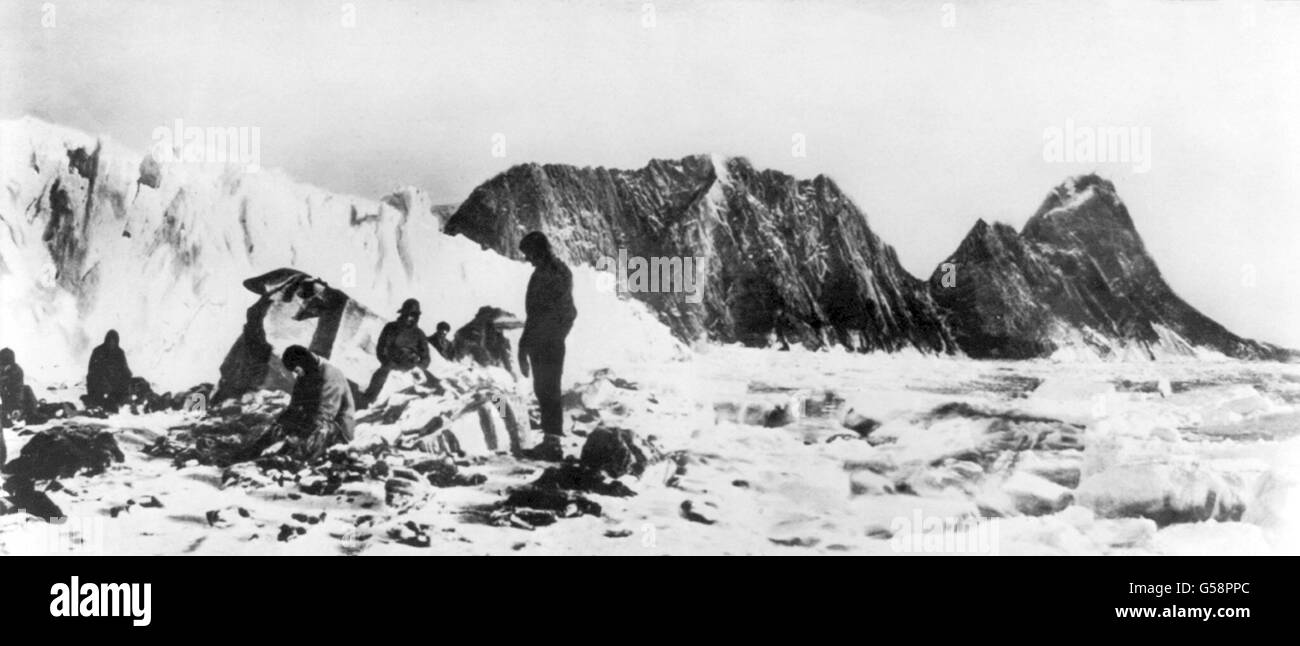 The 'Lost Party, on Elephant Island, where Sir Ernest Shackleton rescued them during the 1914/15 Imperial Trans - Stock Image