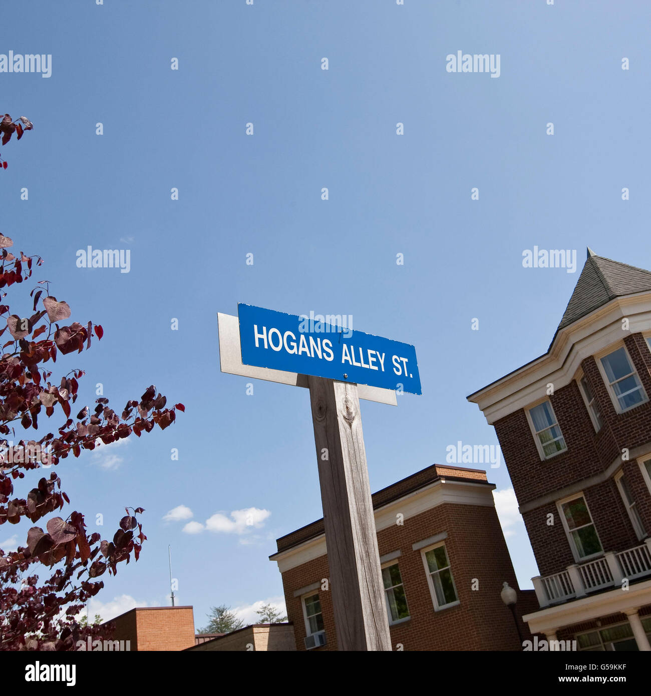 Street sign welcoming visitors to Hogan's Alley, tactical training facility at FBI National Academy in Quantico, - Stock Image