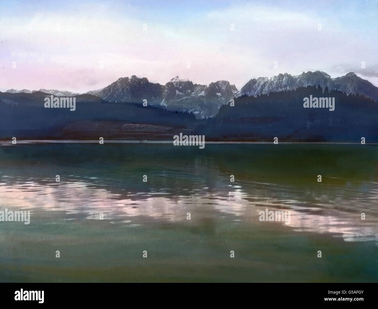 Einer der schönsten Alpenseen in Tirol ist der bei Kitzbühel gelegene Schwarzsee. Märchenhafte Stille herrscht hier, Stock Photo