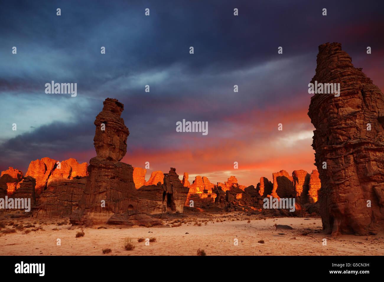 Dramatic sunrise in Sahara Desert, Tassili N'Ajjer, Algeria - Stock Image