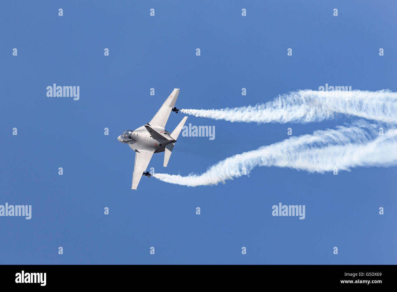 Italian Air Force (Aeronautica Militare Italiana) Aermacchi T-346 Jet traning aircraft at the Farnborough International - Stock Image