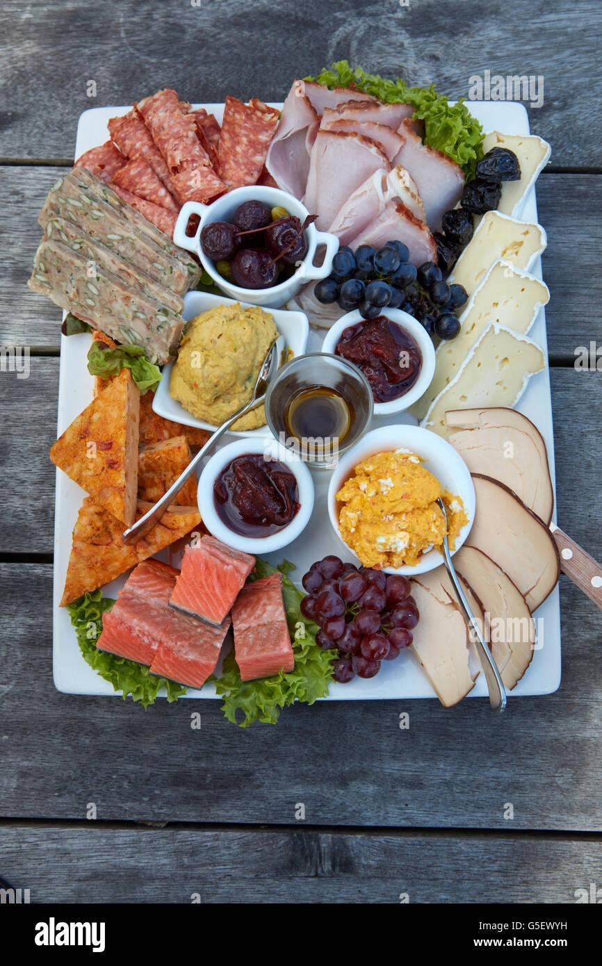 Platter, Carrick Winery, Bannockburn, near Cromwell, Central Otago, South Island, New Zealand Stock Photo