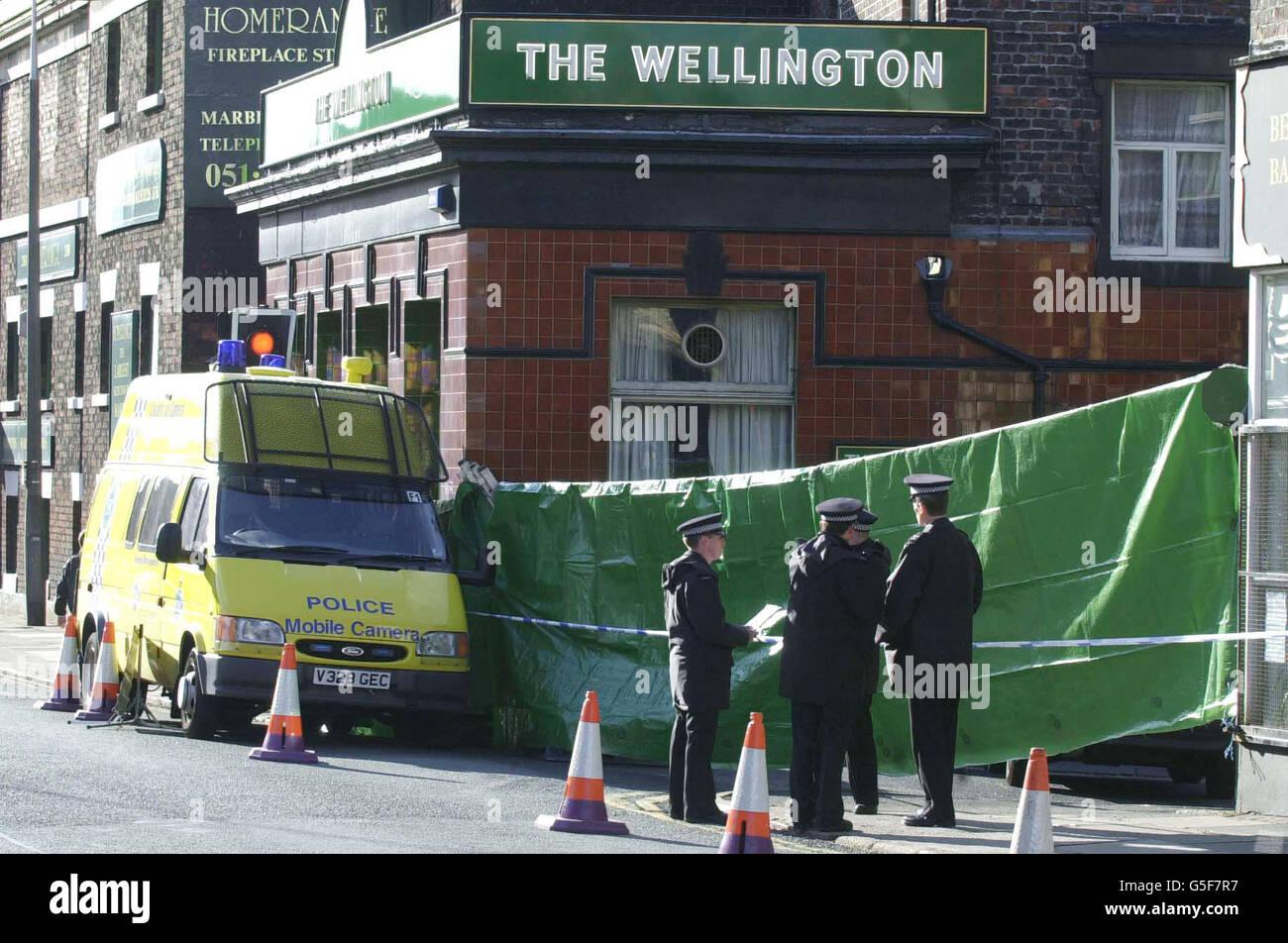 Police shooting Liverpool - Stock Image