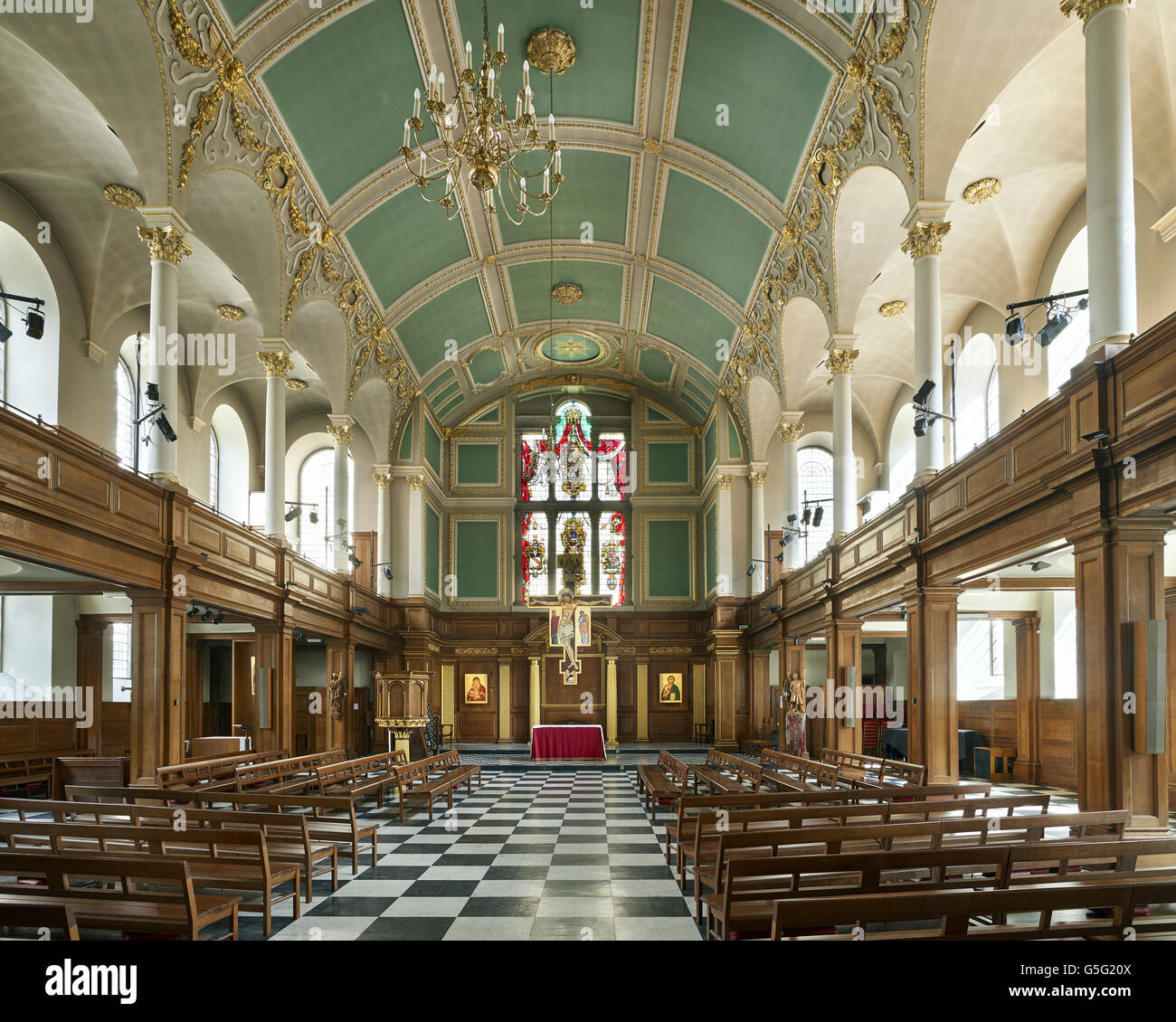 St Andrew Holborn, London: nave interior to east - Stock Image