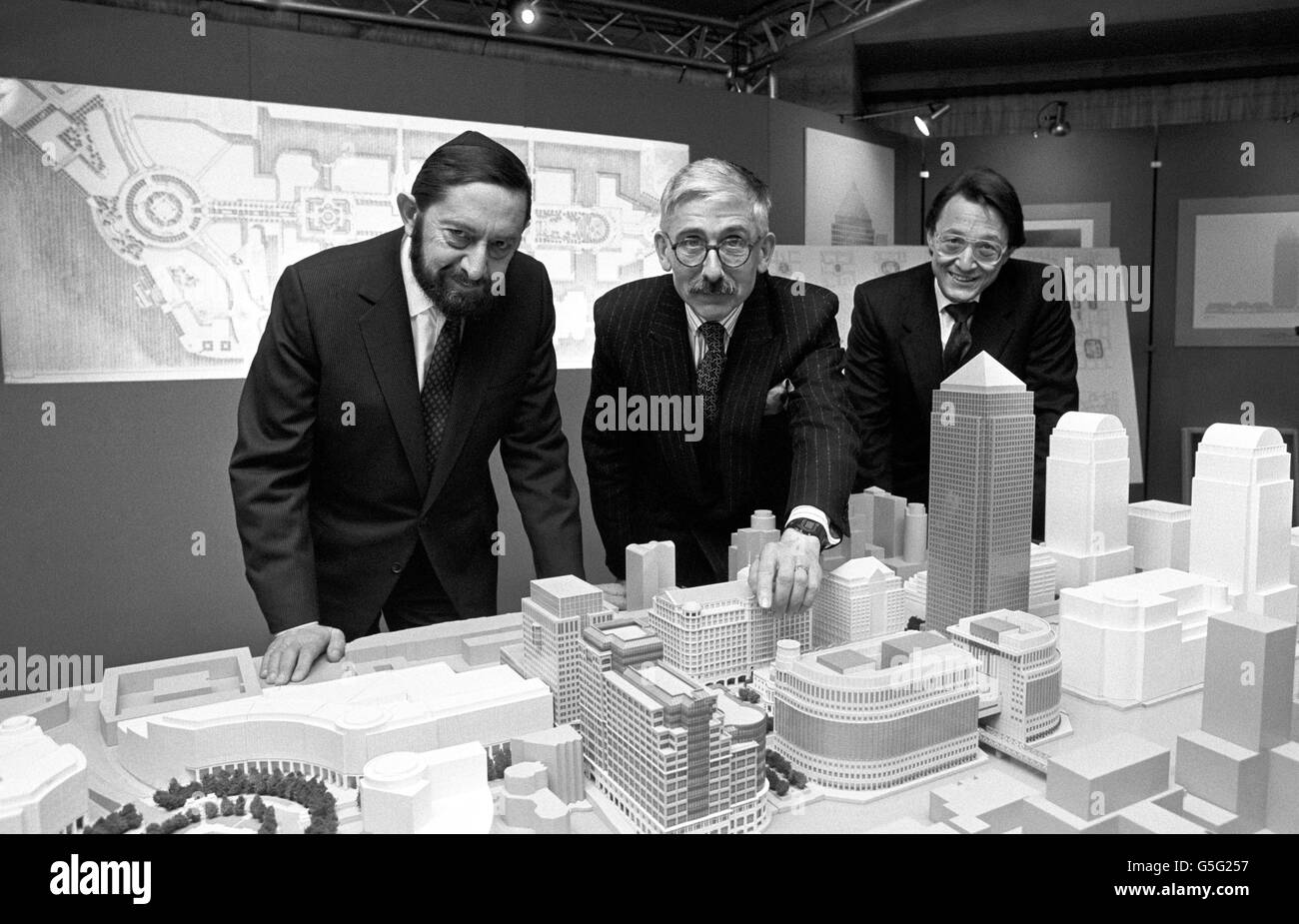 Buildings and Landmarks - Canary Wharf Model - Queen Elizabeth II Conference Centre - Stock Image