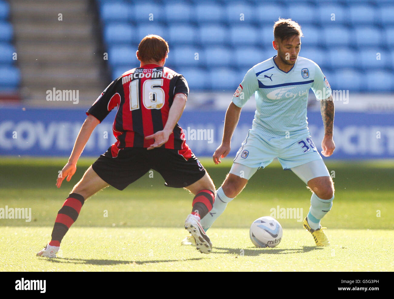 Soccer - npower Football League Championship - Coventry City v Bournemouth - Ricoh Arena - Stock Image