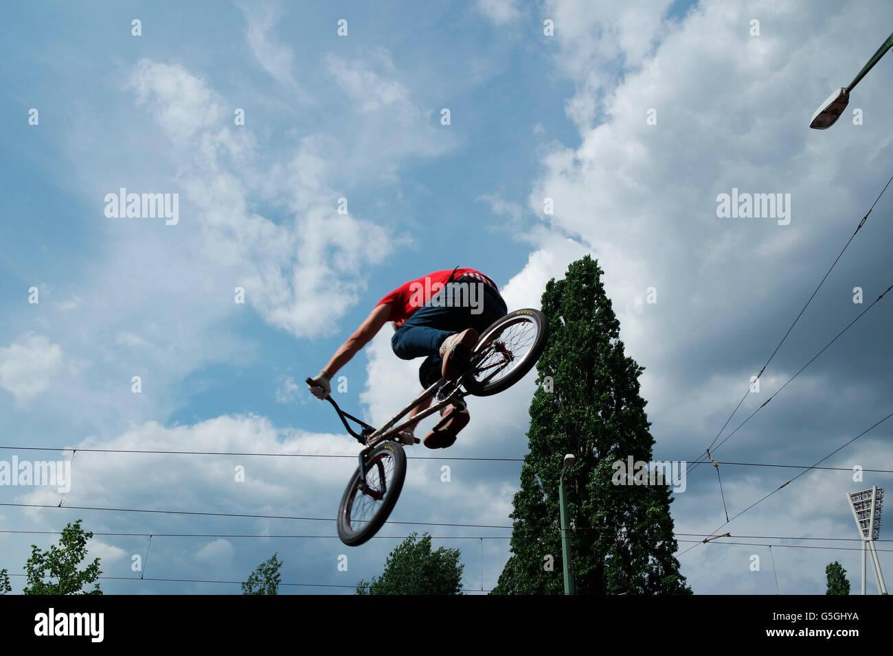 Impressionen - Fahrrad-Fest am Mauerpark, 21. Mai 2016, Berlin. - Stock Image