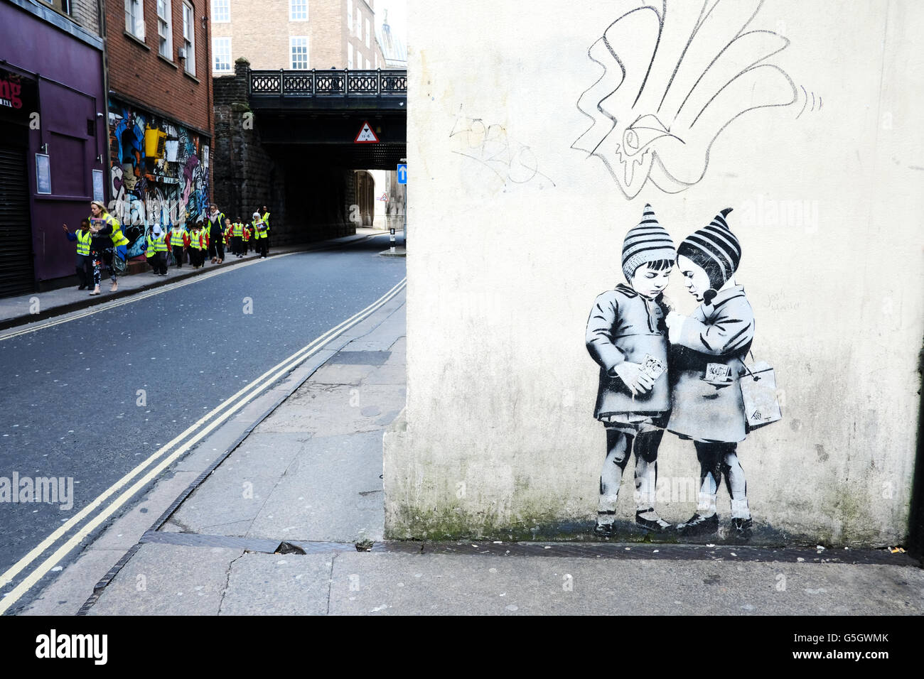 Castle Wall Mural Banksy Style Stock Photos Amp Banksy Style Stock Images Alamy