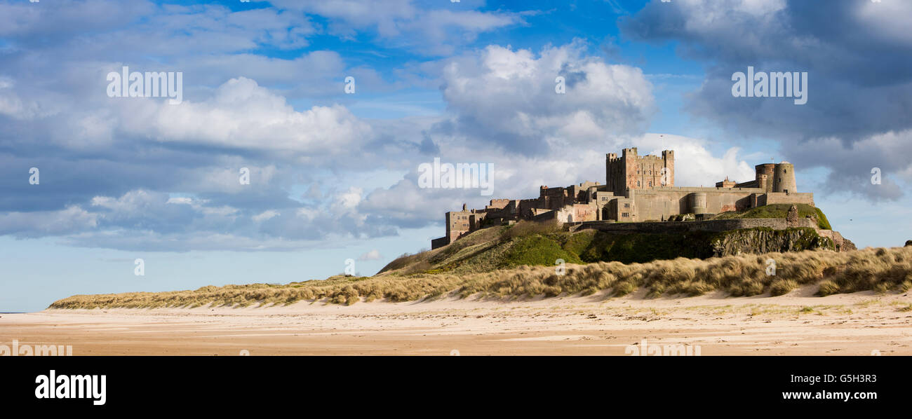 UK, England Northumberland, Bamburgh Castle from Wynding beach, panoramic - Stock Image