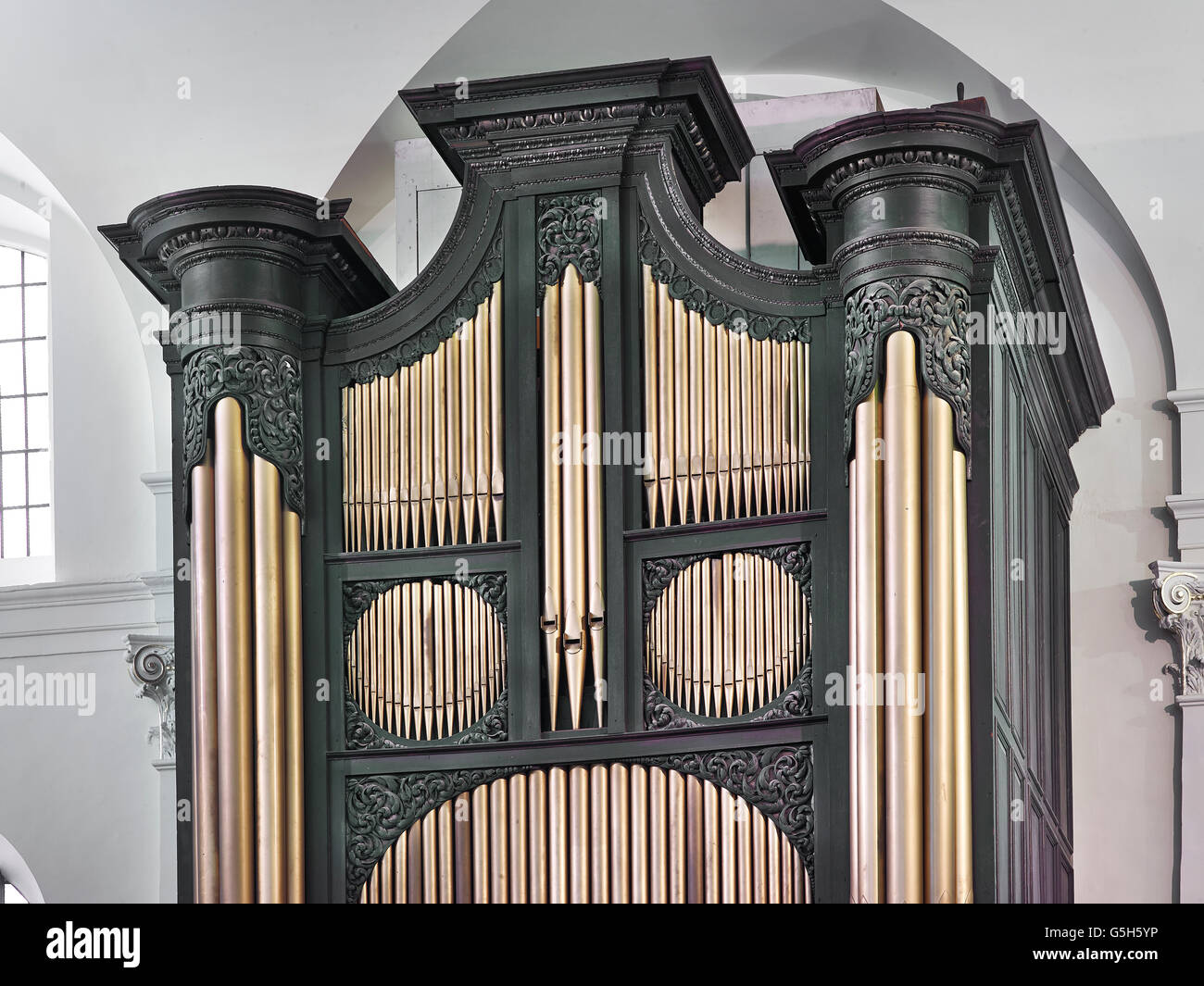 St Clement Eastcheap, church in the City of London. The organ by Renatus Harris. Stock Photo