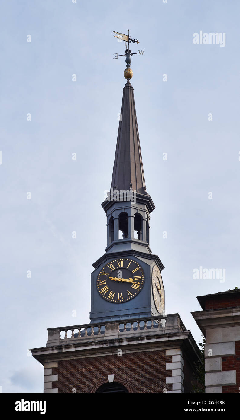 St James's PIccadilly, church in London by Christopher Wren. Fibreglass steeple - Stock Image