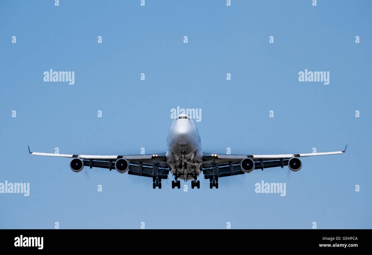 Boeing 747 jet nose view landing - Stock Image