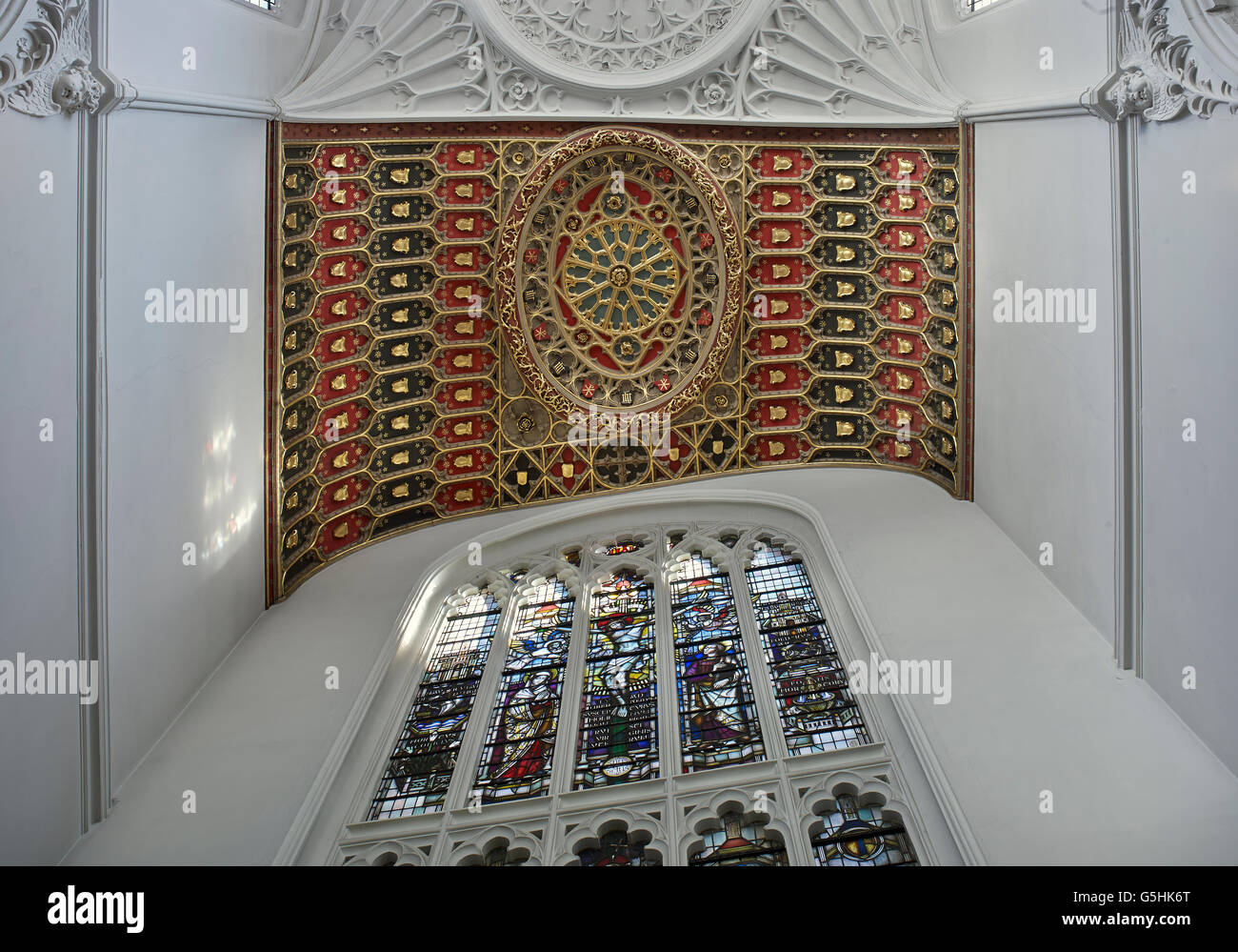 St Mary Aldermary, church in the City of London, Gothic chancel ceiling - Stock Image