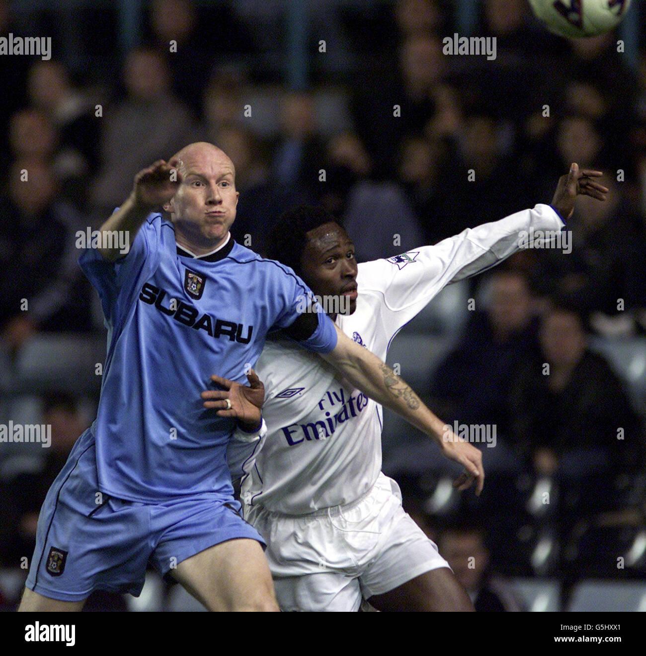 FOOTBALL LEE HUGHES/CELESTINE BABAYARO - Stock Image