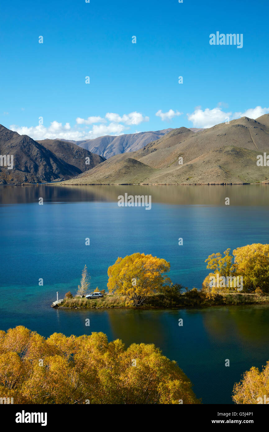 Sailors Cutting in autumn, Lake Benmore, Waitaki Valley, North Otago, South Island, New Zealand - Stock Image
