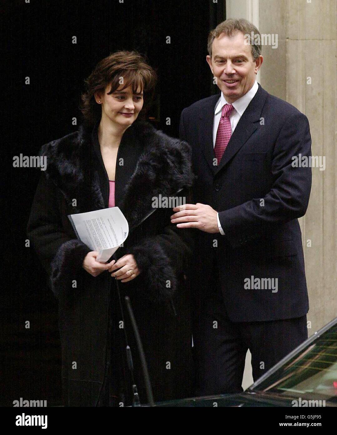Blair to meet Damilola Taylor's parents - Stock Image