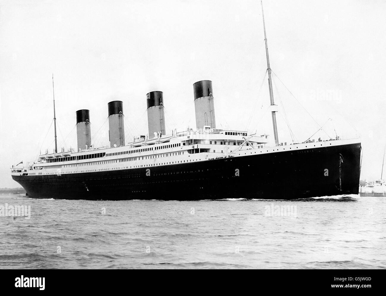 Titanic. Ship RMS Titanic departing Southampton on April 10,1912. Photo by F.G.O. Stuart - Stock Image