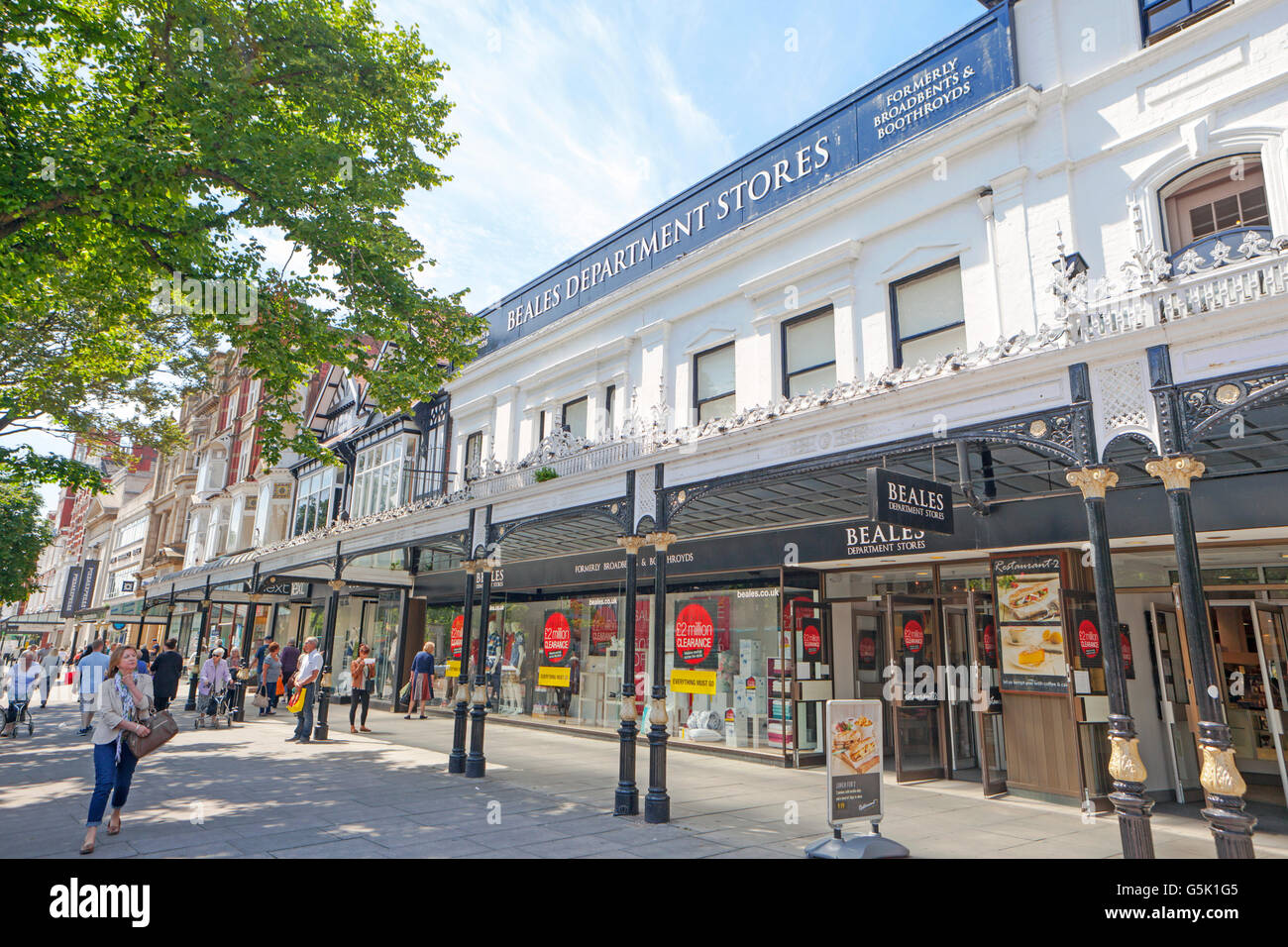 Beales Department Store _Shops and Shoppers in the retail sector of the  Victorian Town of Southport, in Merseyside, - Stock Image