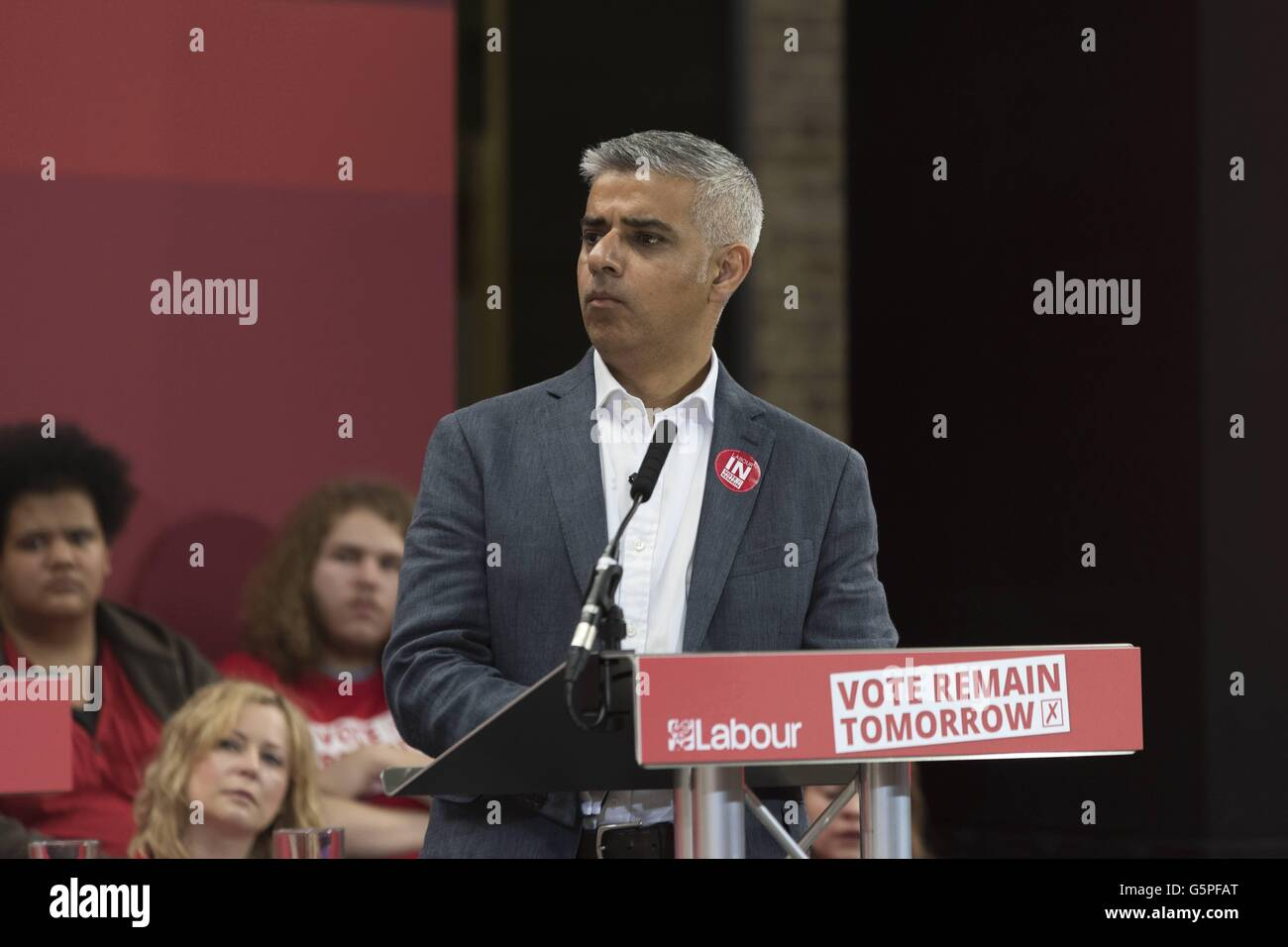 Sadiq Khan, Mayor of London, Labour Party leaders during a speech at KingÂ_s Cross London asking to vote Remain - Stock Image