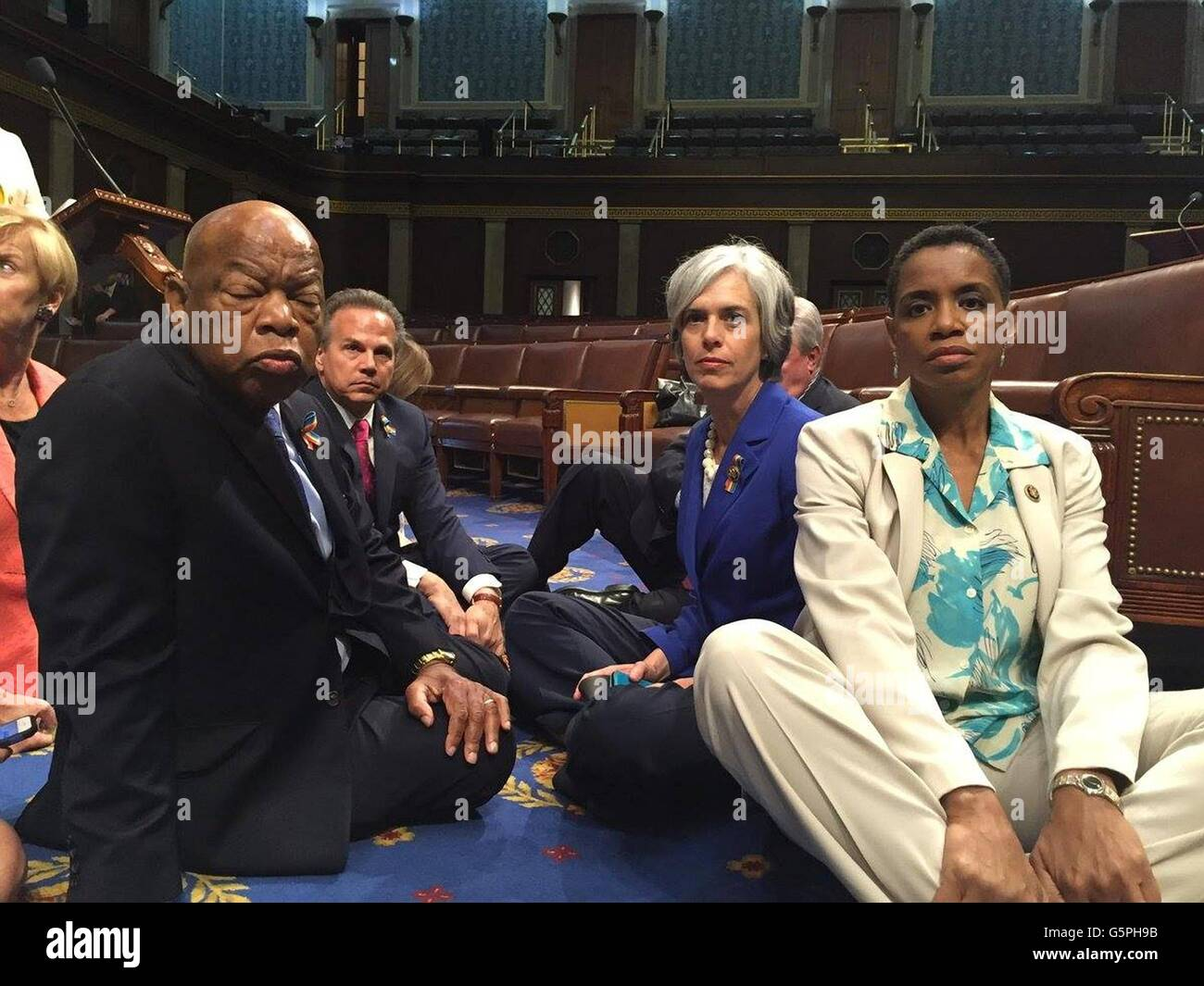 Washington DC., USA. 22nd June, 2016. U.S Rep. John Lewis, sitting left, leads a group of Democrats from the House - Stock Image