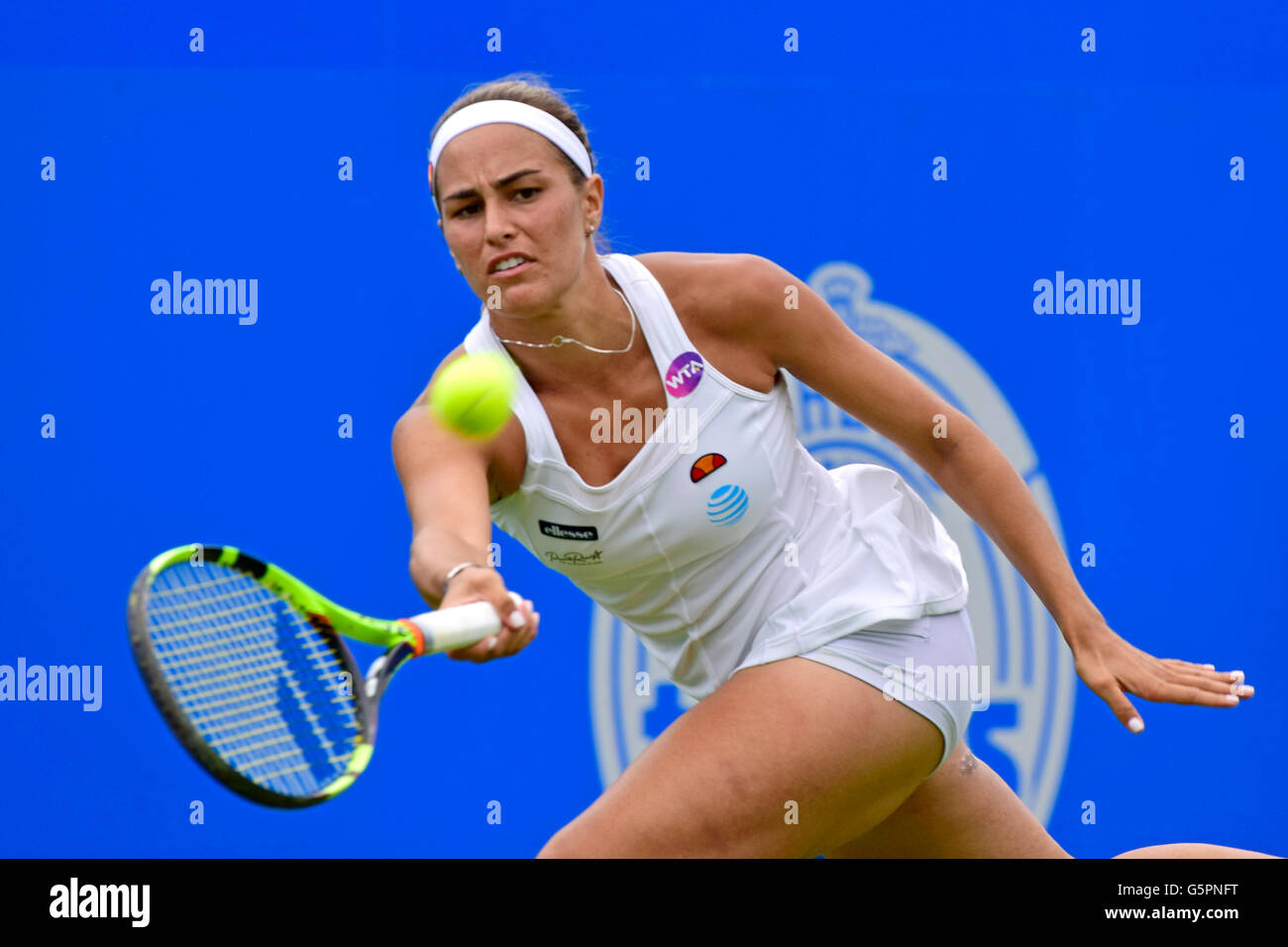 Monica Puig (Puerto Rico) playing at the Aegon International, Eastbourne 2016 - Stock Image
