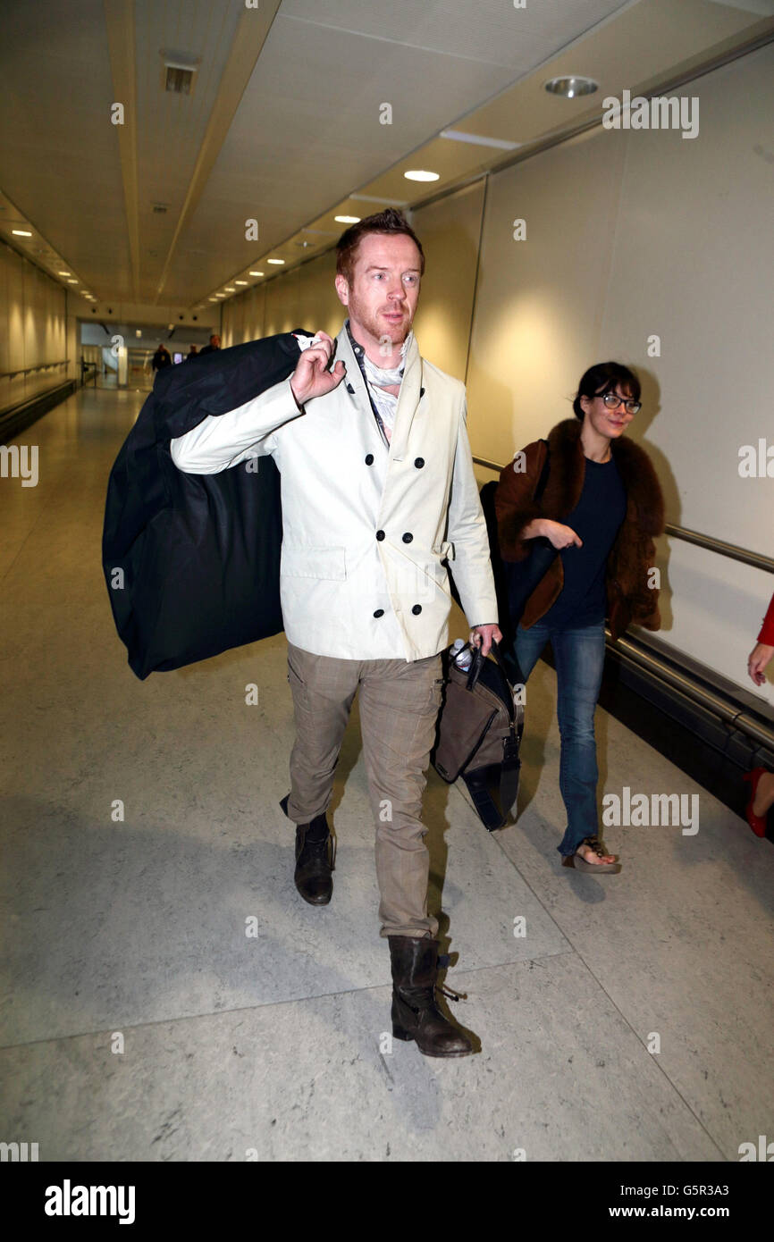 Damian Lewis sighting - Heathrow - Stock Image