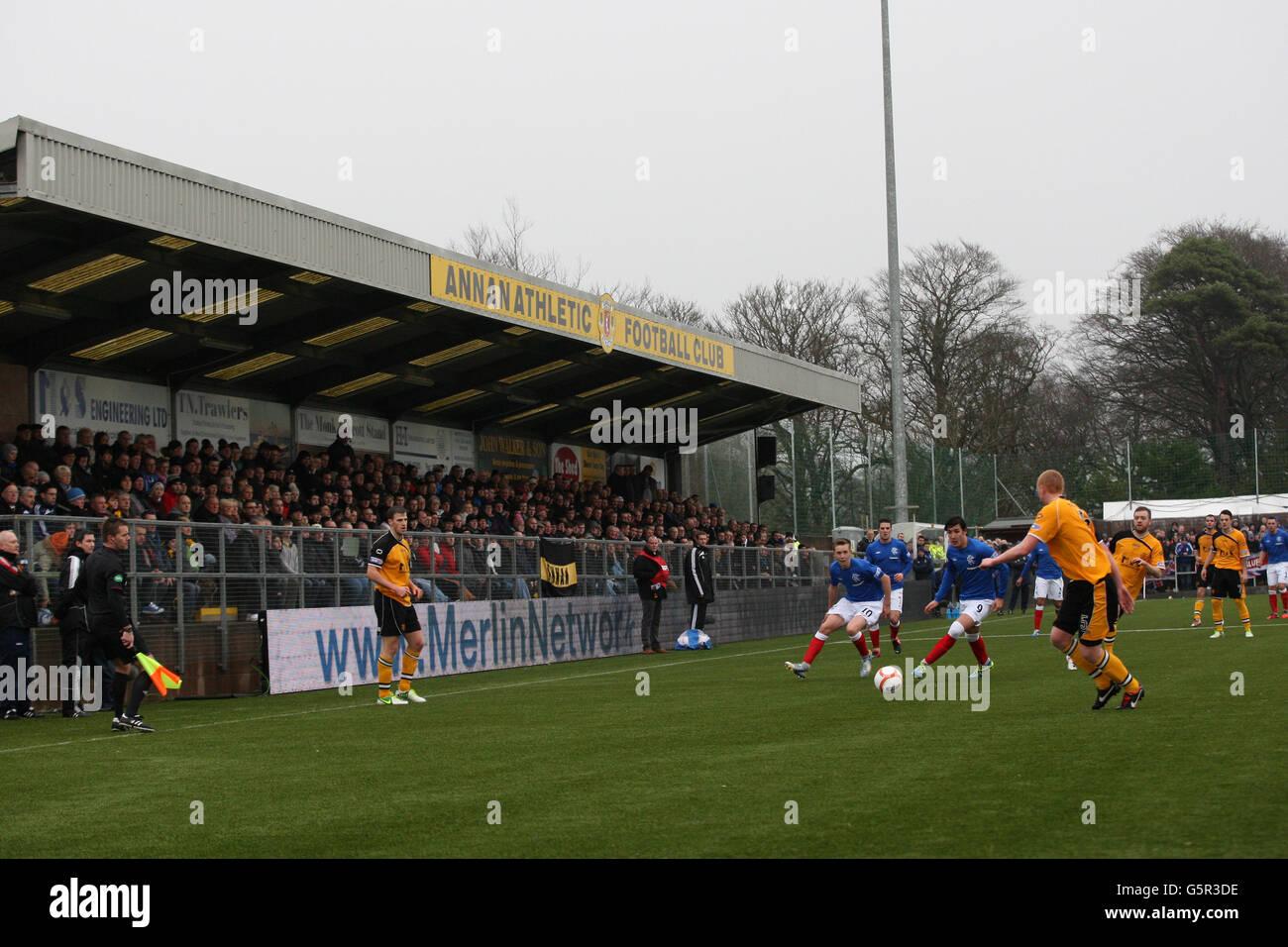 soccer-irn-bru-scottish-third-division-annan-athletic-v-rangers-galabank-G5R3DE.jpg