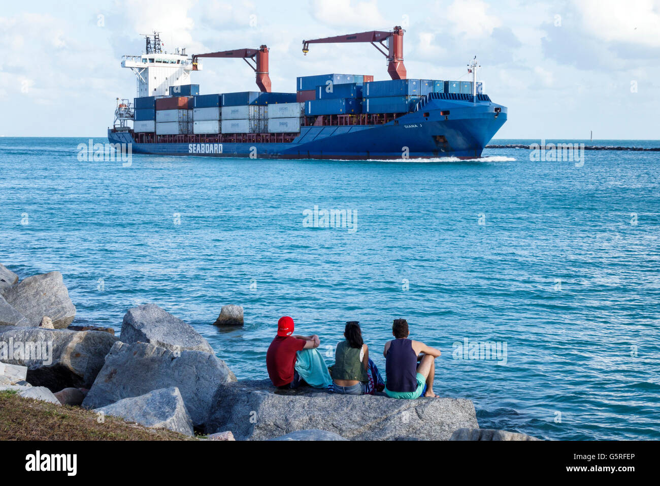 Florida, South, Miami Beach, South Pointe Park, Government Cut, Biscayne Bay, water, Atlantic Ocean, cargo container Stock Photo