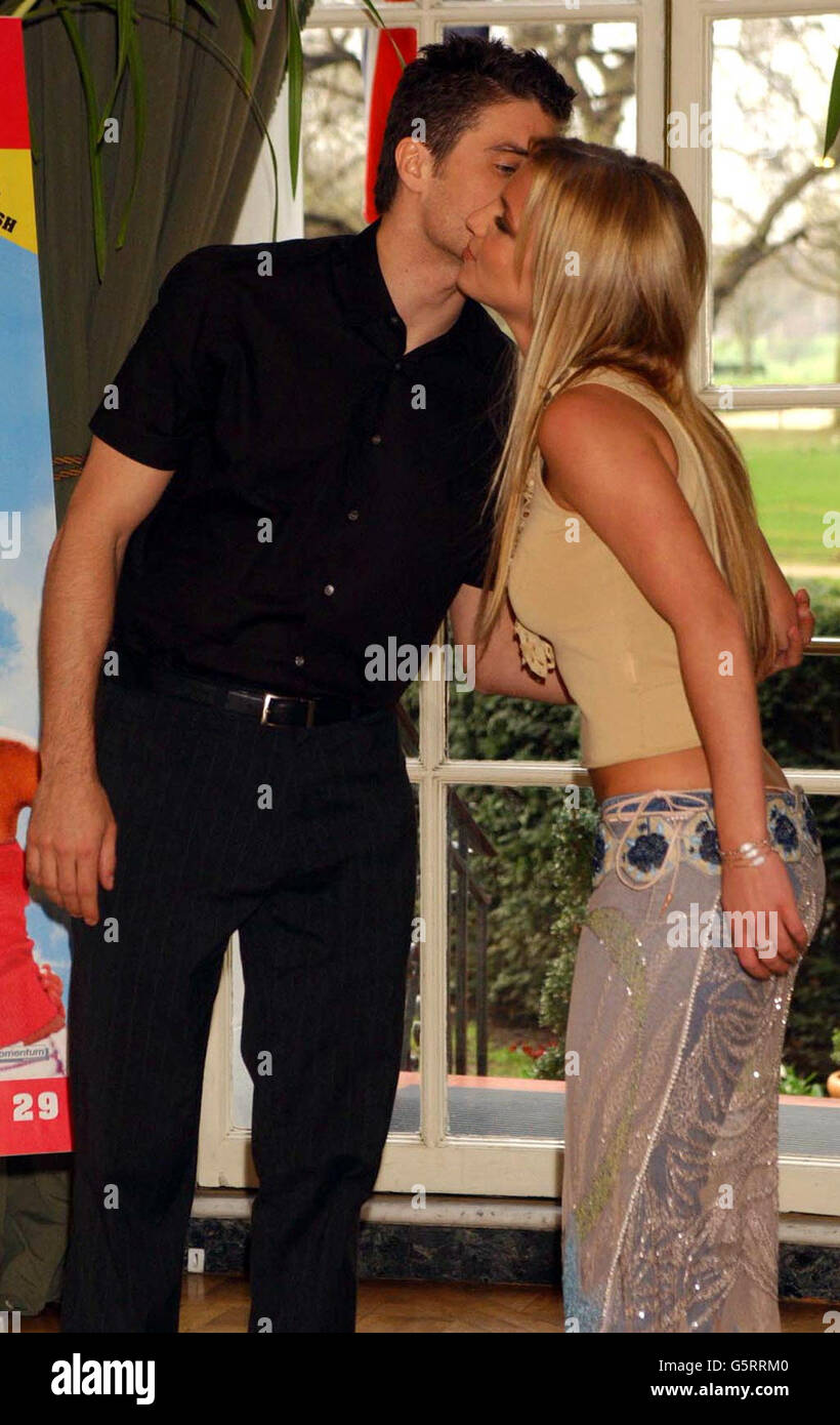 Britney Spears and Anson Mount Stock Photo: 106858976 - Alamy
