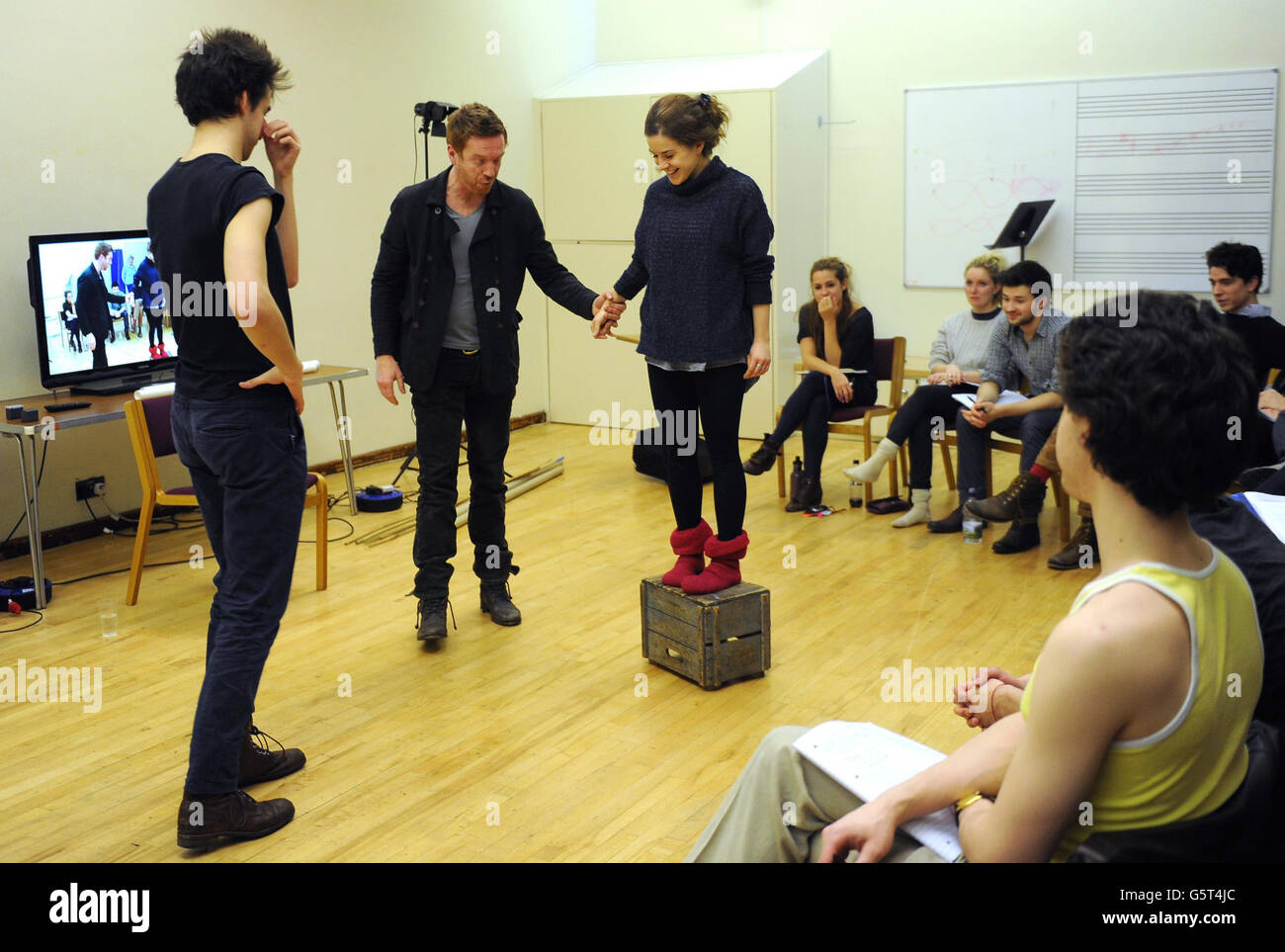 Damian Lewis gives acting class to students - Stock Image
