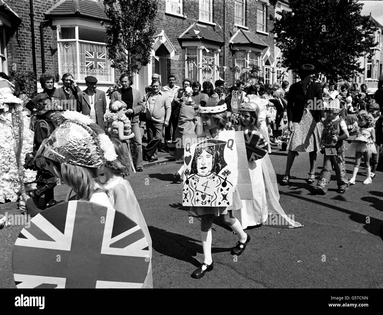 Royalty - Queen Elizabeth II Silver Jubilee - Stock Image