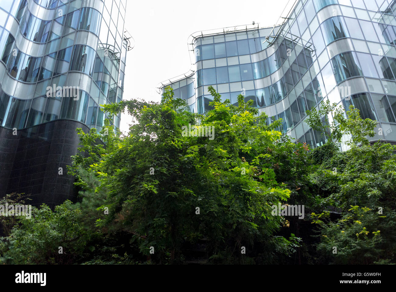 Paris France New Modern Architecture Project Neighborhood In