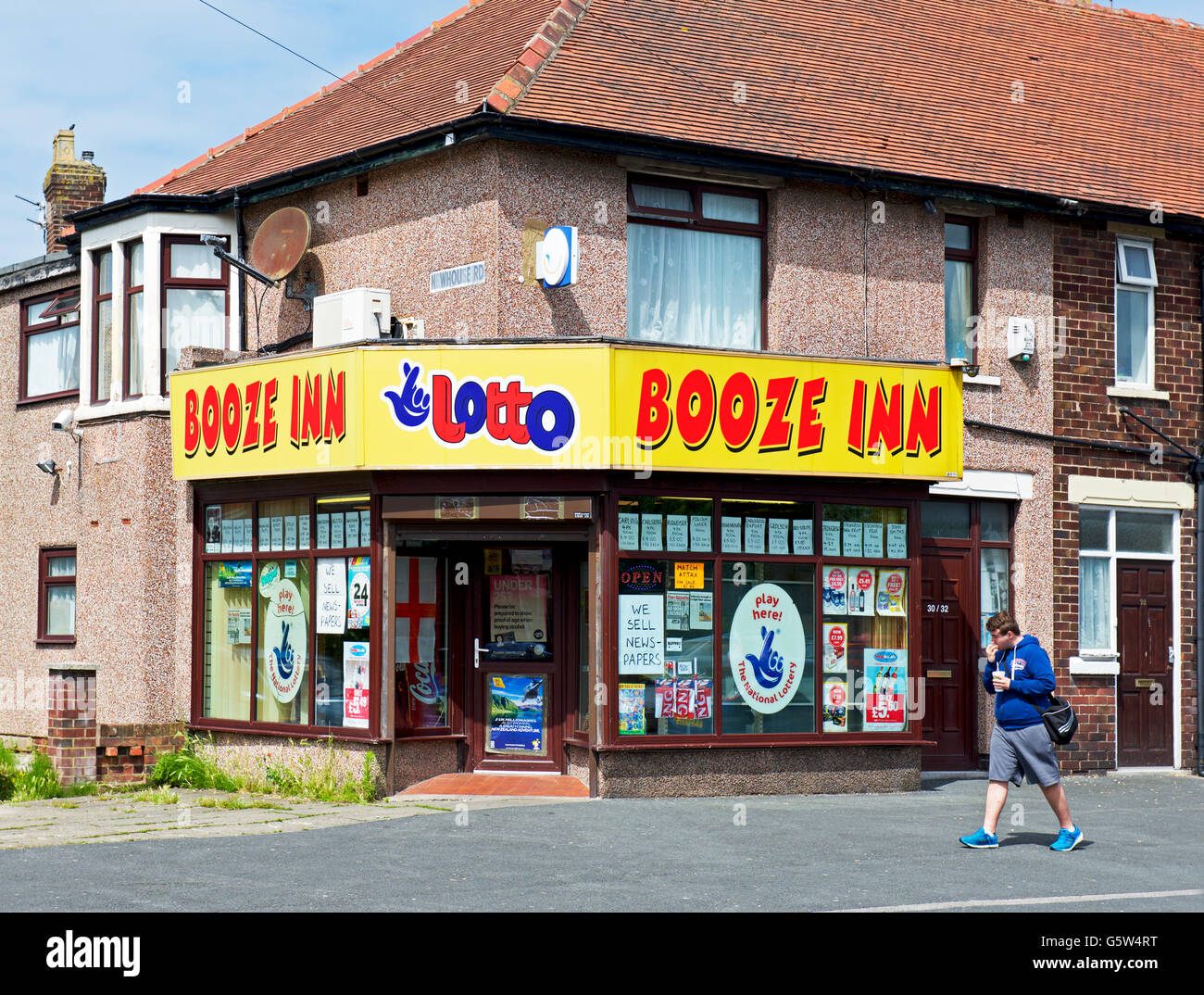 Booze Inn, an off-license and shop in Blackpool, Lancashire, England UK - Stock Image