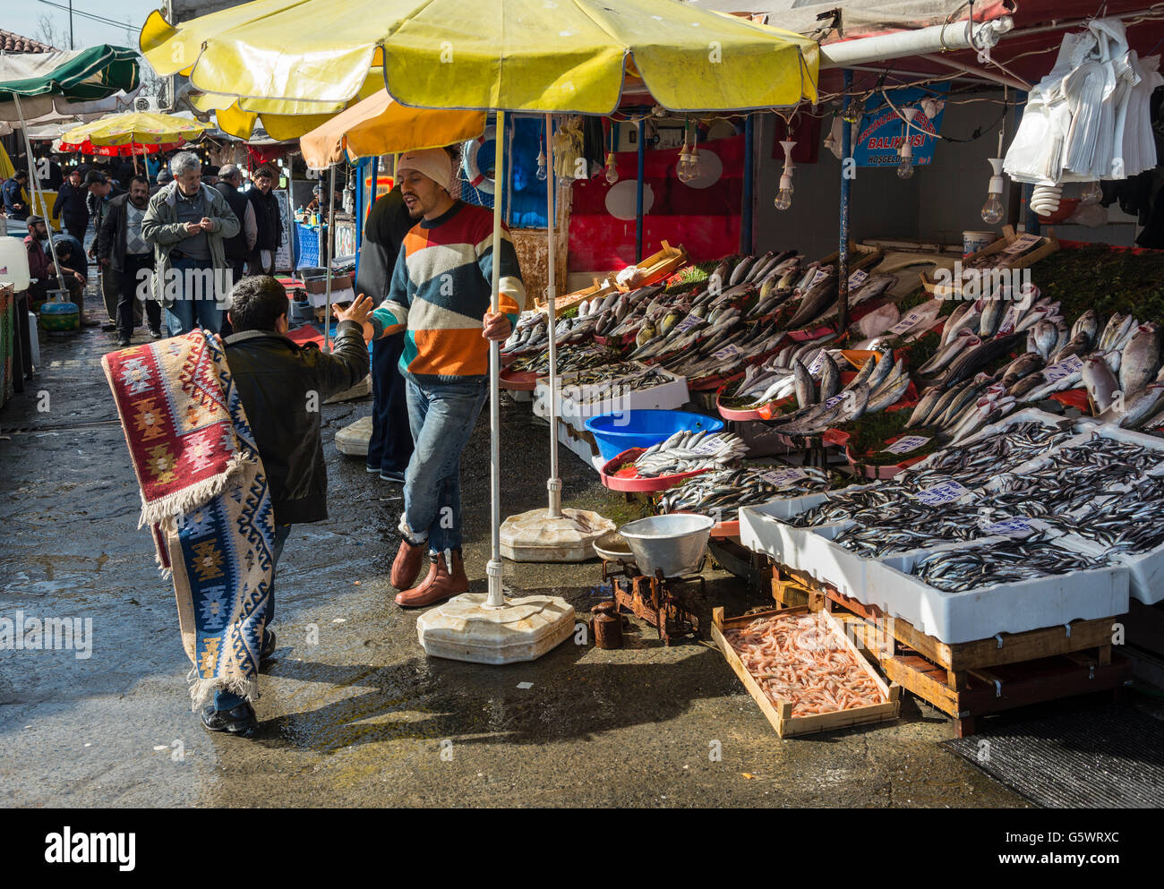 The fish market on Karakoy waterfront, Beyoglu,  Istanbul, Turkey. - Stock Image