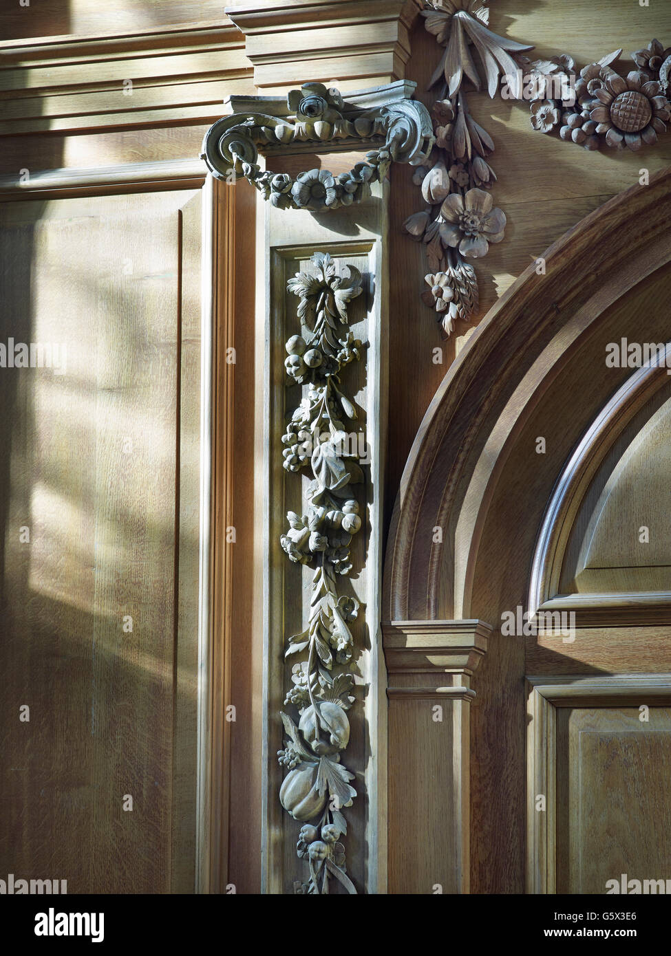 St Nicholas Cole Abbey, church in the City of London; Ionic pilaster on west screen. - Stock Image