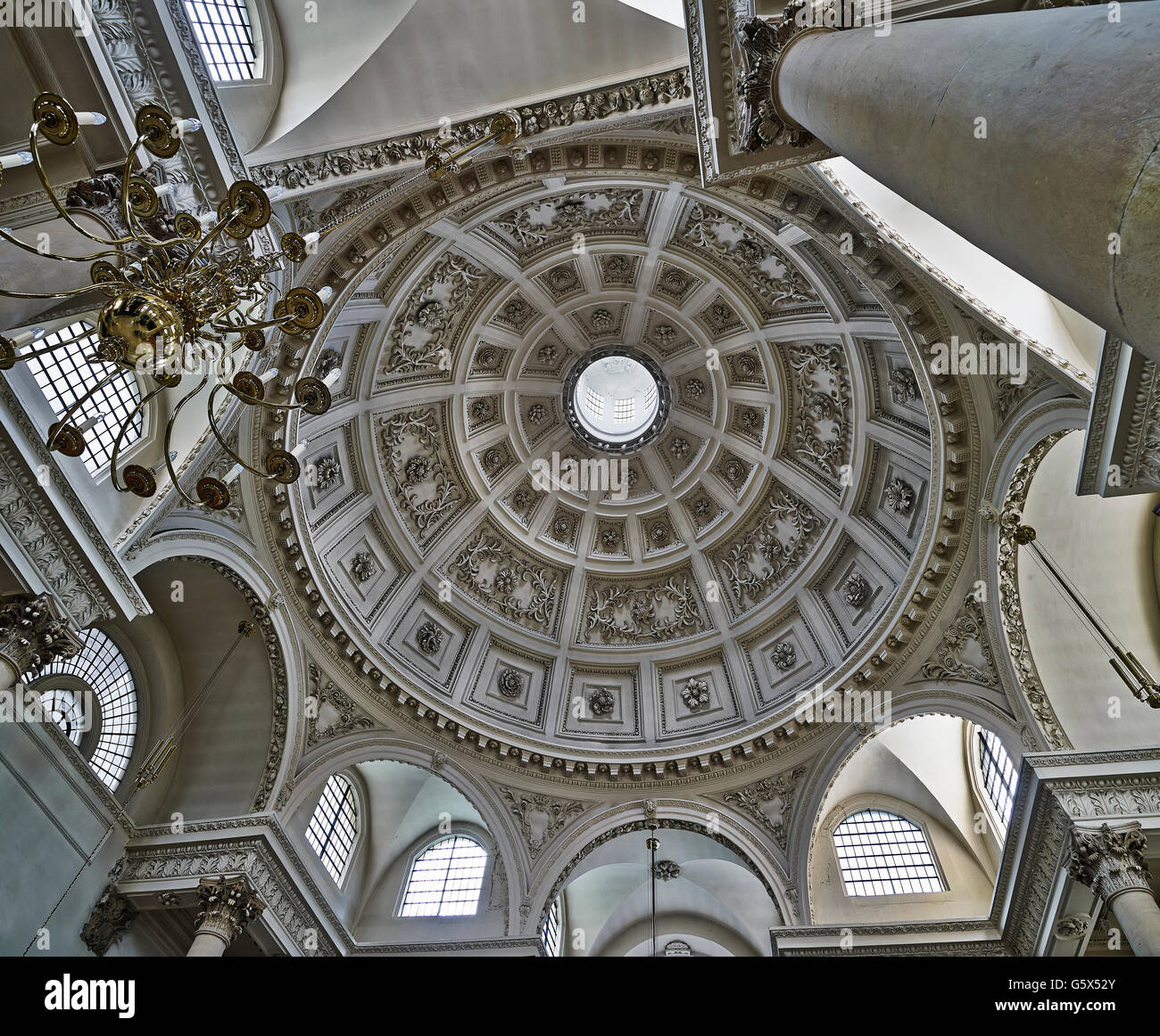St Stephen Walbrook, church in the City of London; dome interior - Stock Image
