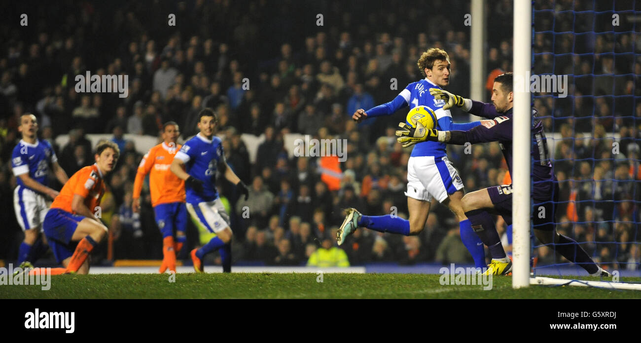 Soccer - FA Cup - Fifth Round Replay - Everton v Oldham Athletic - Goodison Park - Stock Image
