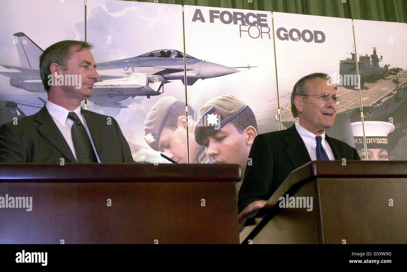 Defence Press Conference Rumsfeld - Stock Image