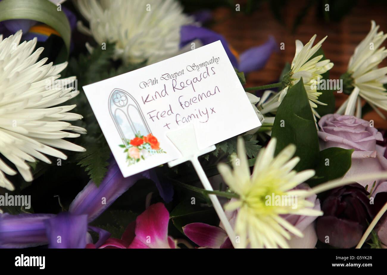 Funeral wreath flowers note stock photos funeral wreath flowers funeral of bruce reynolds stock image izmirmasajfo