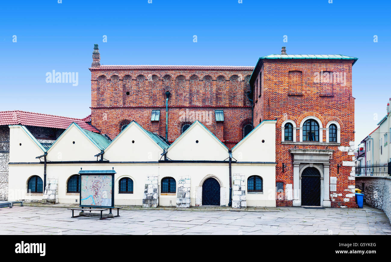 Old Synagogue in historic Jewish Kazimierz district of Cracow, Poland - Stock Image