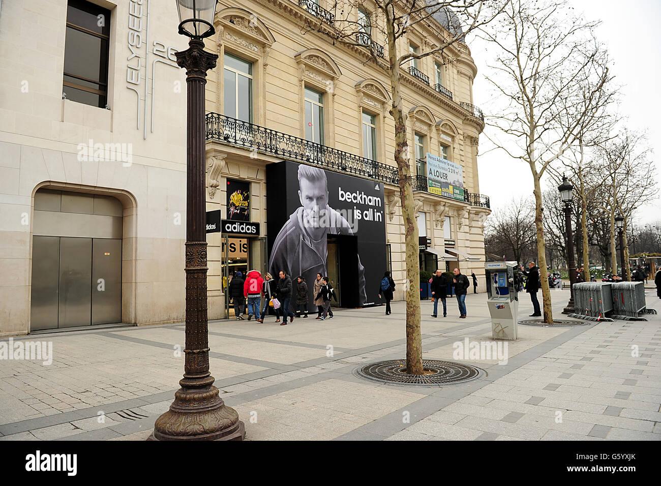 tout neuf ed6ee 45267 Adidas Store France Stock Photos & Adidas Store France Stock ...