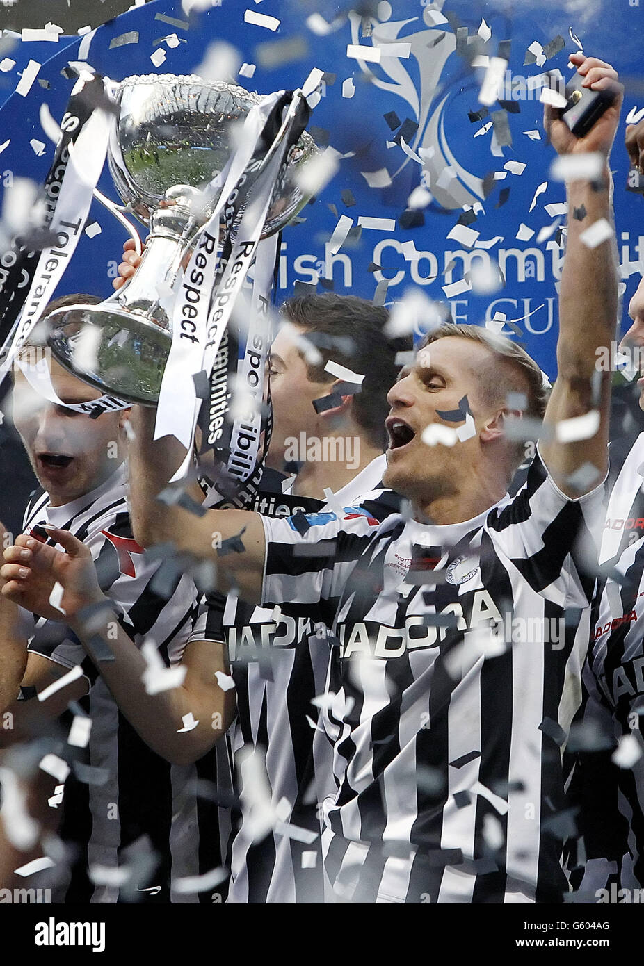 Soccer - Scottish Communities League Cup - Final - St Mirren v Heart of Midlothian - Hampden Park - Stock Image