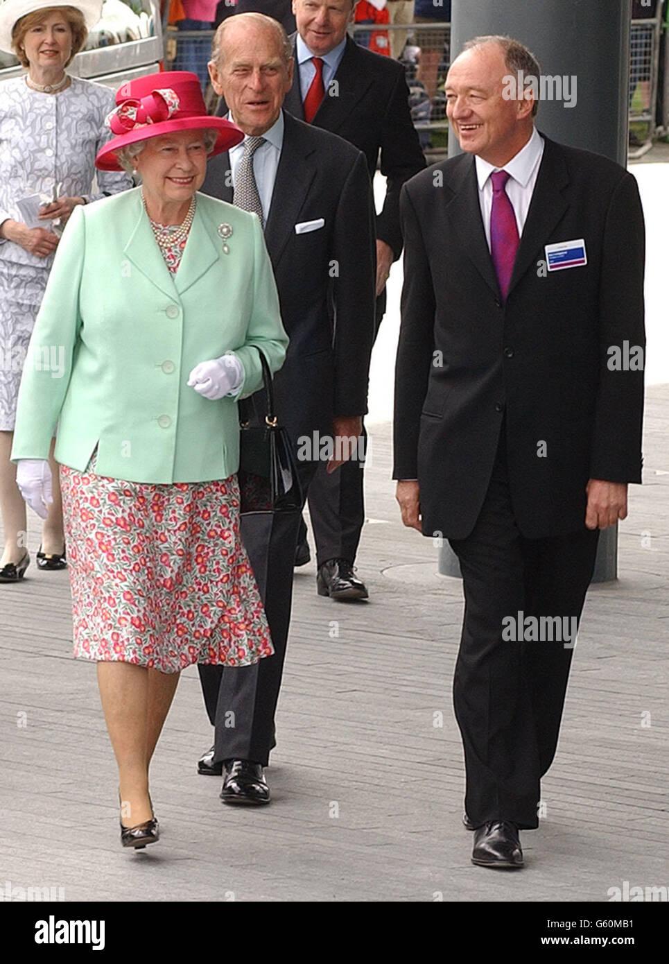 Queen-Opens City Hall - Stock Image