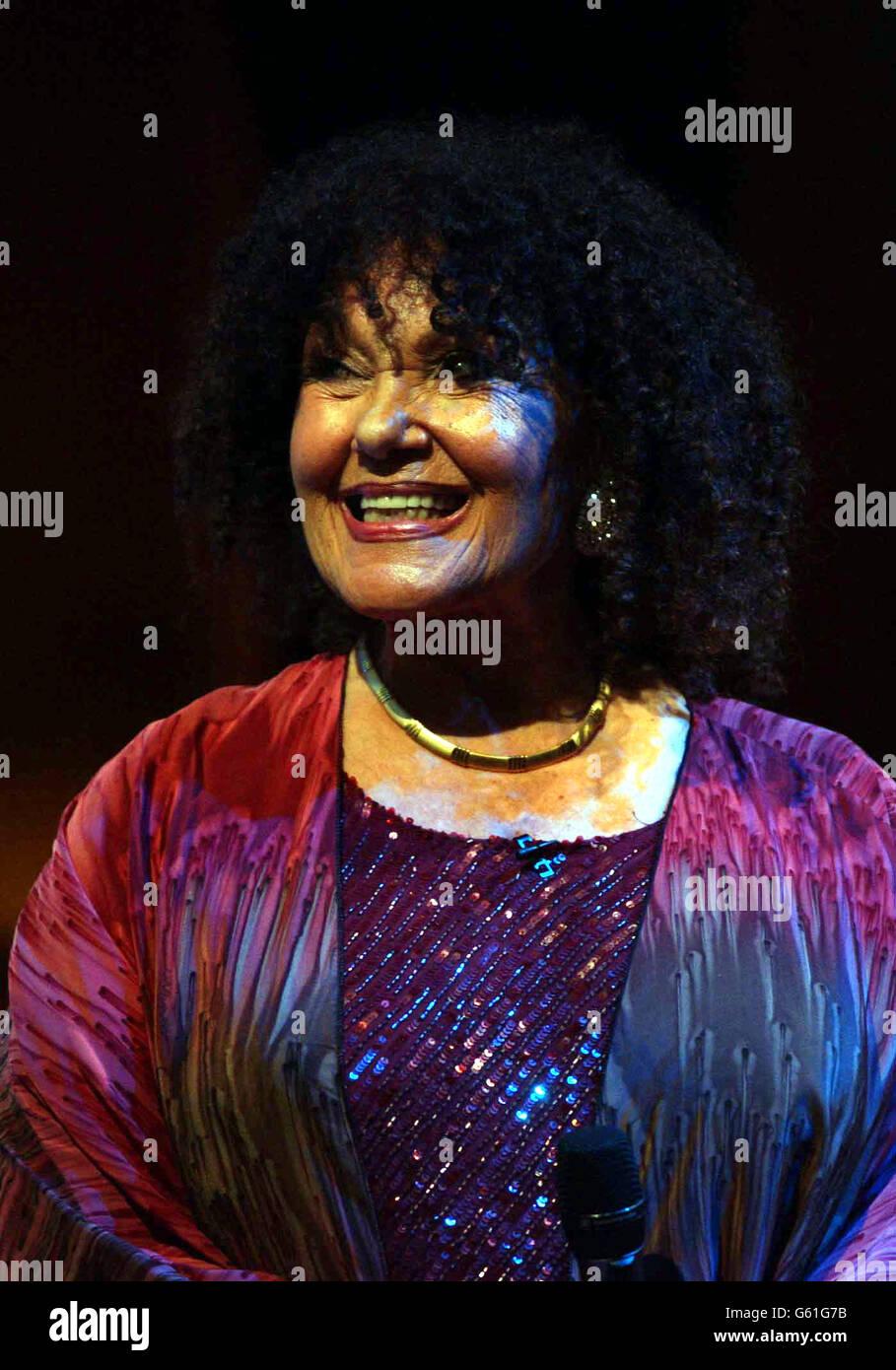 Cleo Lane Spike Milligan Tribute Stock Photo Alamy