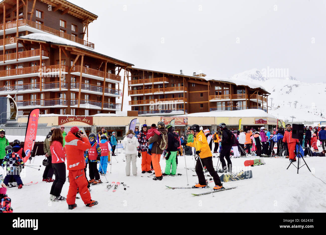Ski resort meeting area for classes, Paradiski, Arc2000, Rhône-Alpes, France - Stock Image