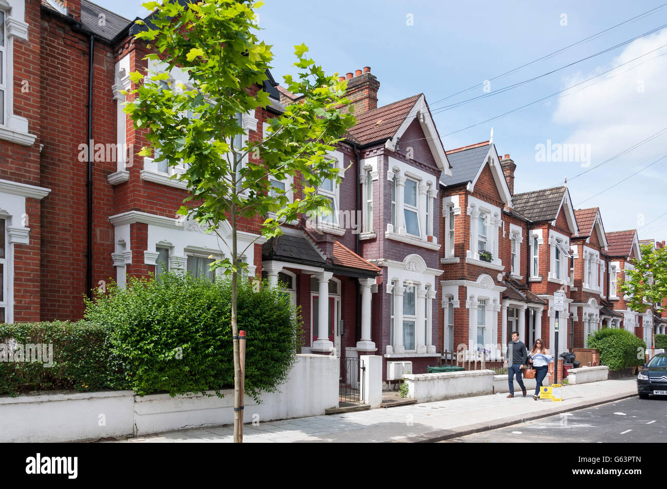 Terraced houses on Stapleton Road, Tooting Bec, London Borough of Wandsworth, Greater London, England, United Kingdom - Stock Image