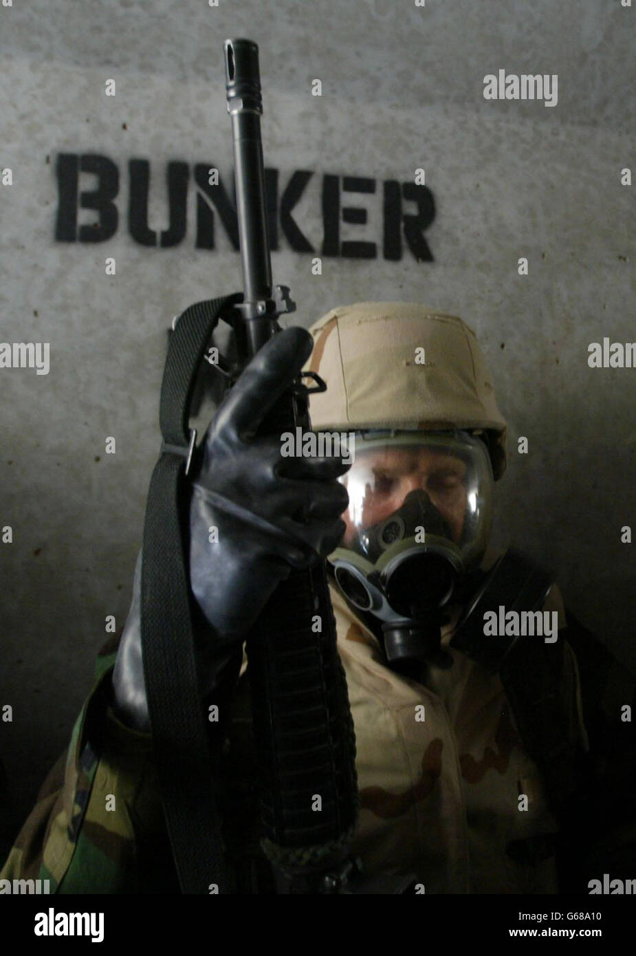 US Marine - Chemical Suit in Kuwait - Stock Image