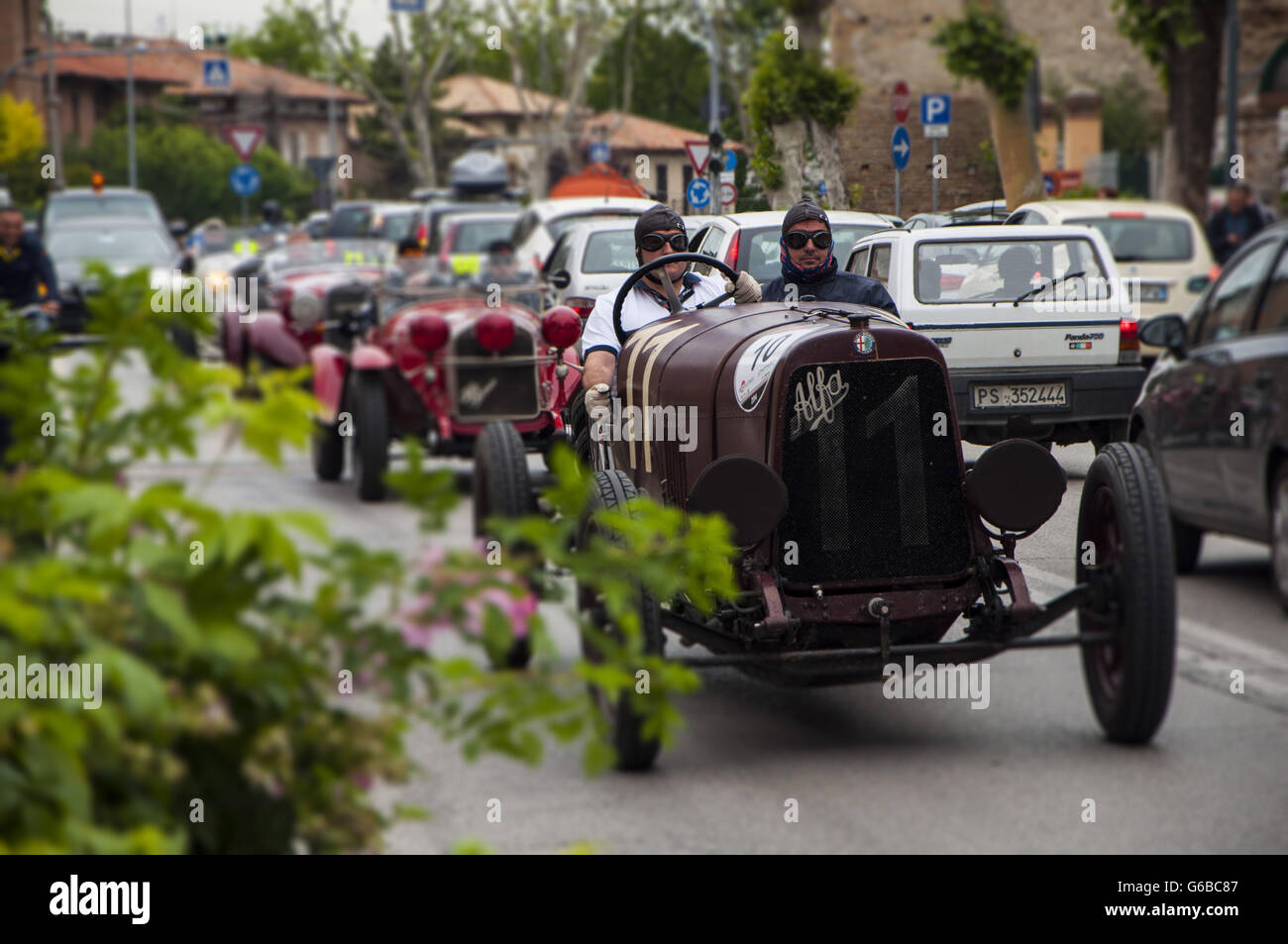 FANO, ITALY - MAY 16: Alfa Romeo G1 1921 on an old racing car in rally Mille Miglia 201 4 the famous italian historical - Stock Image
